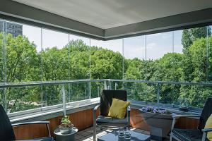 Producten installatieglas Sunflex balkonbeglazing D&O Franeker