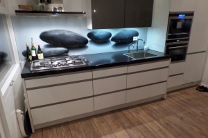 Keukenachterwand van glas met eigen print