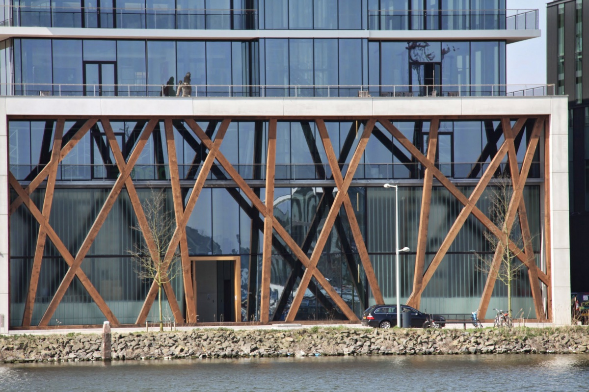 Profilit profielglas voor Barts in Amsterdam