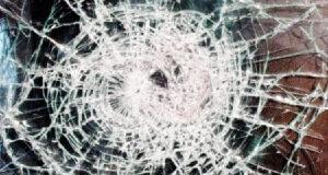 gebroken gelaagd glas