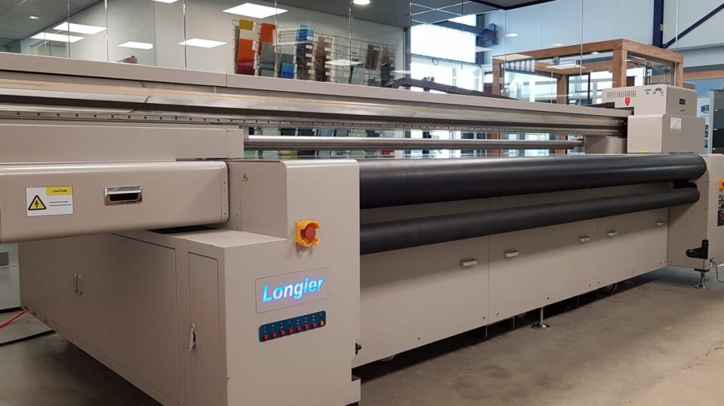 Glasbewerking uv-printen op glas, acrylaat, aluminium en dibond